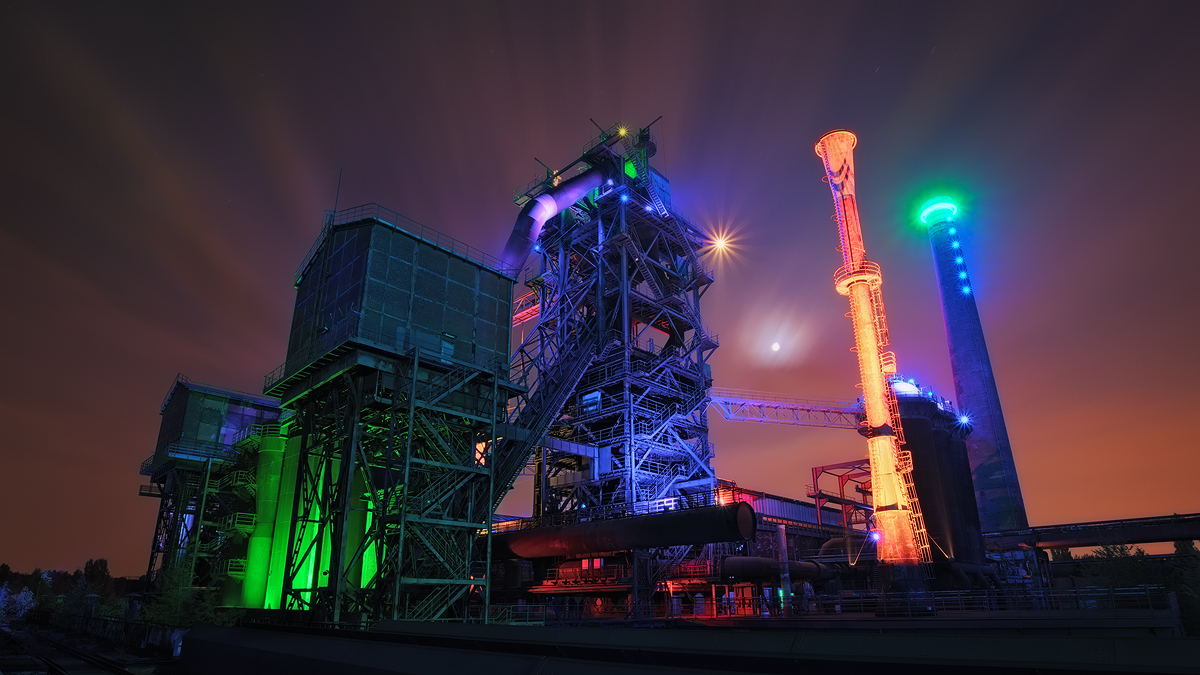 One of the most iconic industrial sights in the Ruhr Area the Hochofen 2 towers over the Landschaftspark in Duisburg. Once a set of blast furnaces producing steel, the site is now recommissioned as a recreational area, which is also spectacularly lit at night.